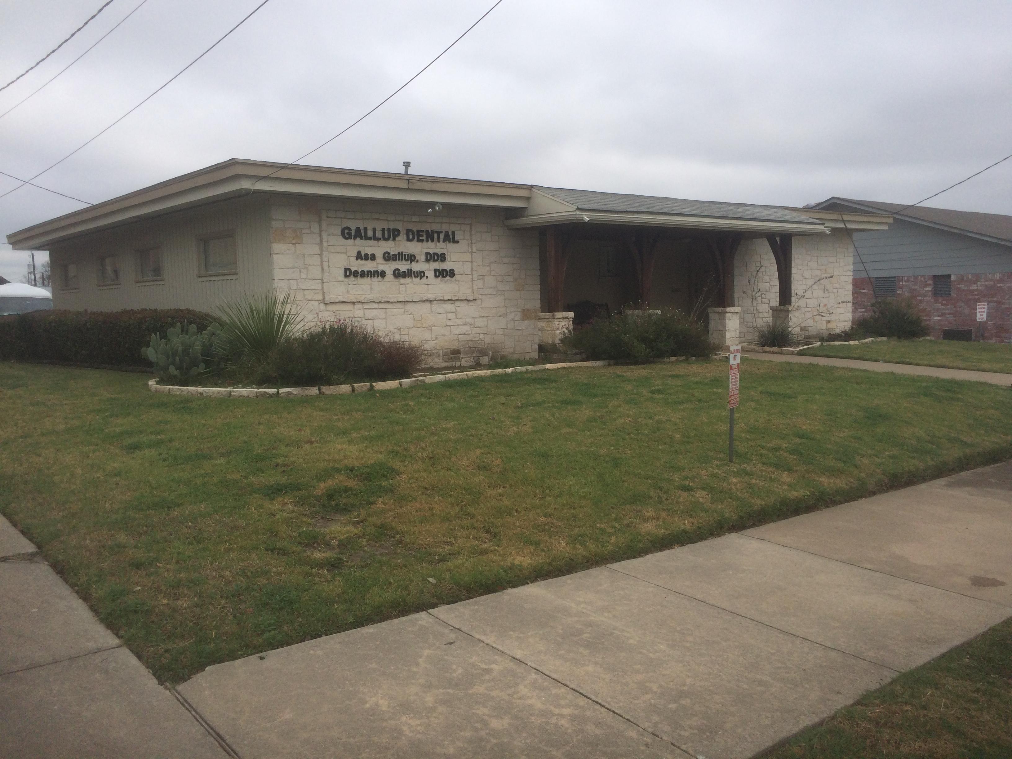 Gallup Dental, 218 W. 2nd Ave., Corsicana TX, 75110